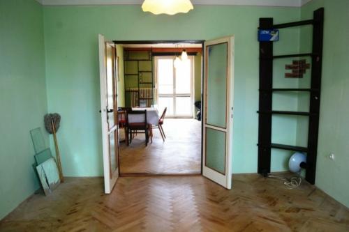 3 izbový byt na predaj, Svit, ul. Štefánikova - realitný maklér František Tropp Dlugo reality Poprad F