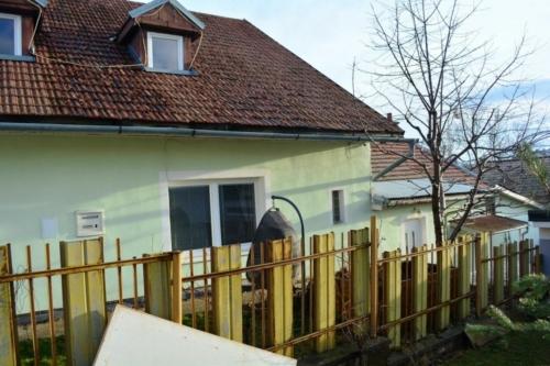 Rodinny dom na predaj poprad velka-realitny makler-Ing Frantisek Tropp-DLUGO reality D